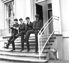 THE BEATLES UNSIGNED PHOTO - NEW IMAGE !! - JOHN LENNON & GEORGE HARRISON - BB43