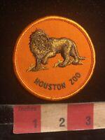 Vintage Male Lion HOUSTON ZOO Texas Patch - Animal Exhibit C99F