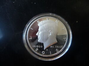 2016 s 90% silver Kennedy half dollar in airtite capsule