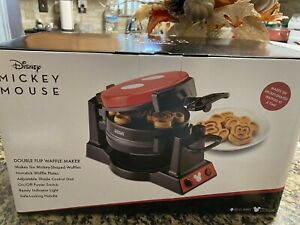 DISNEY Mickey Mouse Double Flip Waffle Maker Nonstick Locking Handle Adjustable