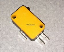 (12) MICROSWITCHES-125/250VAC/10 AMP/ 1/2 hp/ NO NC COM /Vabsco /snap switch/D42