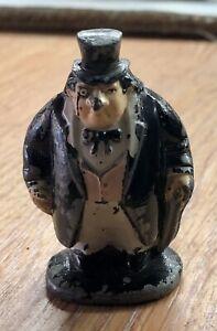 1980 Vintage BAT MAN Solid Lead Figure of THE PENGUIN (GC)