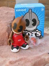 KIDROBOT MINI BOTS RED BASKETBALLER MASCOT KIDBALLER VINYL*2/20  NEW