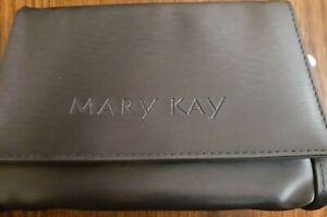 NEW Mary Kay gray/silver make-up /travel bag. starpless, 3 sections, mirror, zip