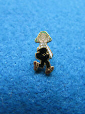 Andy Capp Enamel Badge - Daily Mirror