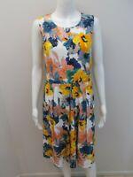SPORTSCRAFT PRINT DRESS WITH POCKETS SIZE 8  (#V1313)