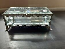 Luxury  Etched Glass Jewellery Trinket Storage Box WITH MIRROR BASE..
