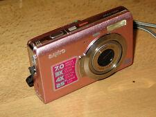 SANYO VPC-T700 7.0 MP Digital Camera Pink