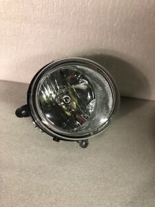 2007-2017 Jeep Compass Patriot Passenger Right Headlight 5303842AE OE