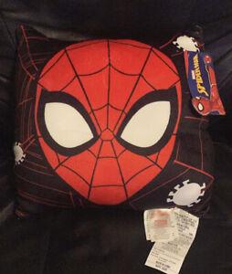 Spider-Man Reversible Plush Pillow - Peter Parker - Miles Morales - Marvel