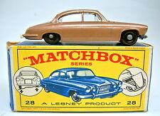 """MATCHBOX rw 28c Jaguar mk10 braumetallic laqué moteur top dans """"e1"""" BOX"""
