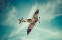 SUPERB FLYING SPITFIRE AEROPLANE CANVAS #657 GREAT GIFT SPITFIRE CANVAS PICTURE
