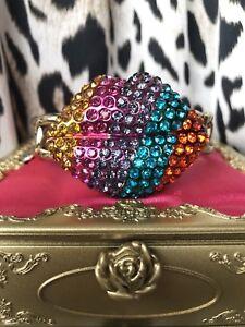 Betsey Johnson Vintage The Eyes Have It Rainbow Lips Lip XOX 4 EVER Bracelet