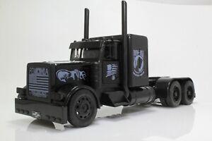 Peterbilt 379 POW/MIA Black Out Tractor Trailer Semi Truck 1:32 Diecast Model