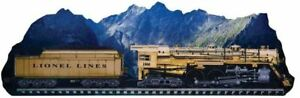 Lionel 9-42035 3D Gold 1900 with Mountain Scene