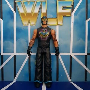 Rey Mysterio - Basic Series 43 - WWE Mattel Wrestling Figure