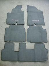 Hyundai Veracruz gray carpet floor mats 07-12