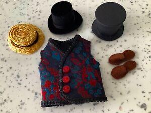 Dolls house miniature 1:12 mixed lot of gentleman's hats, waistcoat + slippers
