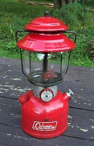 Vintage 1971 Coleman Red Model 200A Single Mantel Gas Lantern w/ Original Globe