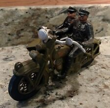 AUTHENTIC #1740 CAST IRON HUBLEY HARLEY-DAVIDSON MOTORCYCLE/SIDECAR W/POLICEMEN