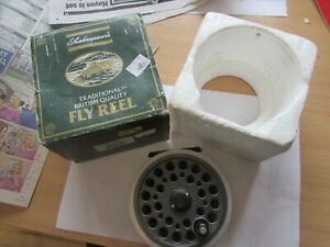 Excellent vintage Shakespeare Youngs beaulite 1500 salmon fly fishing reel 4.25