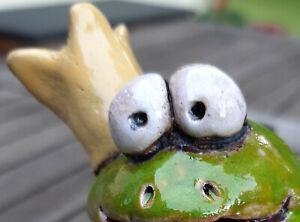 Froschkönig Keramik Handarbeit Rosenkugel Gartendeko Stele Frosch insektenhotel