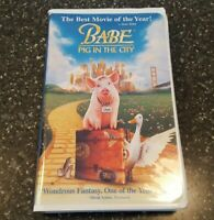 Babe: Pig in the City (VHS, 1999, Clamshell Release)