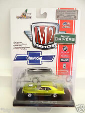 M2 Machines Auto-Drivers Release 30 - 1969 Chevrolet Camaro SS/RS 14-18 (A+/A)
