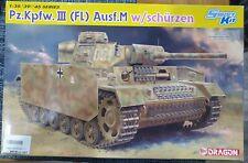Dragon 6776 1/35 Pz.Kpfw.III (Fl) Ausf.M w/SCHÜRZEN (SMART KIT)