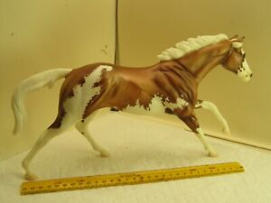 lot Z,vintage toy,Breyer model horse,running,full gallop,VIN May11,collectible
