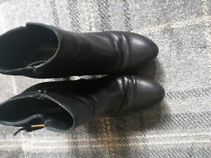 Ladies black leather ankle boots size 4