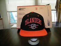 NHL New York Islanders Mitchell and Ness FITTED 7 3/8 Hat Vintage Cap Throwback