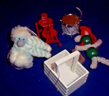"""5 Christmas Ornaments Decorations Very Nice 2 1/2""""-3"""" Tall"""