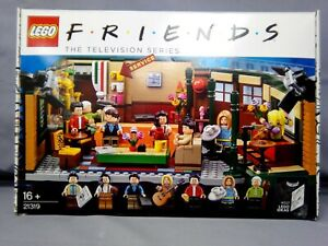 Lego Friends The Television Series 21319 Central Perk, Age Level 16+