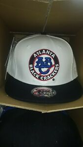 Negro league snapback  Atlanta black crackers  cap black and white