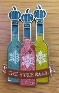 Hogwarts YULE BALL Harry Potter Badge Brooch Enamel Pin. Boxed. Excellent item