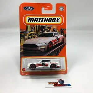 '19 Ford Mustang Coupe * White * 2021 Matchbox Case W