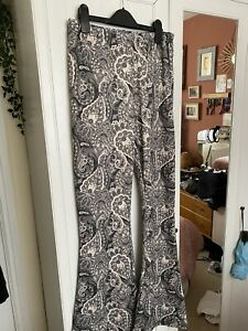 Nasty Gal 70s Hippy Vintage Festival Paisley Flared Trousers 14