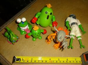 bandai 2001 digimon figure lot wormmon spinning digi top togemon metalgreymon
