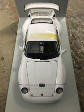 1:18 Scale UT Models Porsche 911 993 GT2 Evo White Street Version VERY RARE