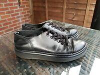 Dr Martens Dante Womens 6 eyelet Black lace up leather Shoes UK 4 ref14P7