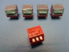 (5) 76PRB03S GRAYHILL 3 POSITION DIP SWITCH SWITCHES OFF ON SPST PIANO LEADED