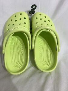 🚨CROCS Classic UNISEX Junior Ultra Light Sandals Lime size J4 🇺🇸