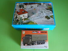 Kibri Eisberg-Kaserne Wachgebäude & Haupttor Nr.18908 + LKW Nr.18030
