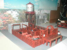 HO scale lot 3, Livestock Corral, shed and water tower 3 structure blinking lite
