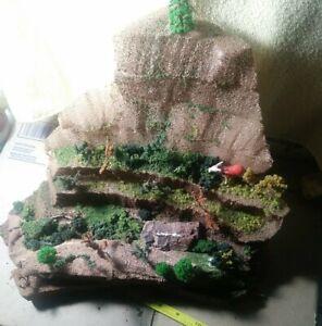 Woodland Scenics ho ROCKY RIDGE HILLSIDE for landscaping Model Train Layouts