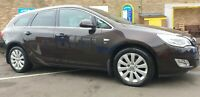VAUXHALL ASTRA 2.0 CDTI ESTATE 2012 EXCELLENT  CONDITION !!