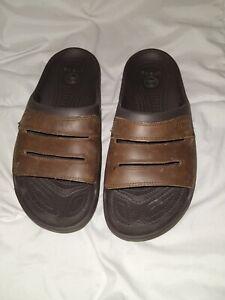 crocs men's bogota Slide leather upper brown men's 13 EUC excellent