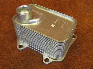 06L117021C Ölkühler Kühler 2,0 TSI Audi A1 A3 8V VW Golf 7 Passat B8 Original