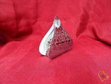 Boite à dragée en forme de pyramide argenté argenté X25
